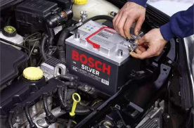车长期不开电瓶要拆吗? 记得做这些维护,免得电瓶报废