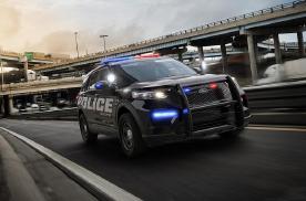 15辆全球最有趣警车,捷克用宝马i8,哪国蜀黎最土豪?