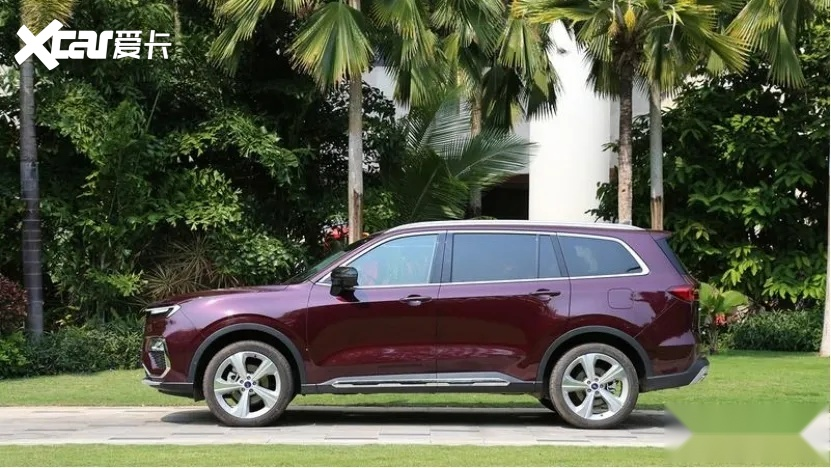 挂福特标的大6座SUV,比汉兰达轴距还长,领裕能火吗?