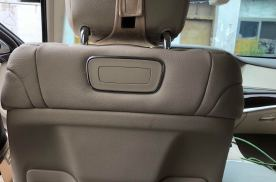迈乐凯20款奔驰S350L改装后排娱乐系统效果