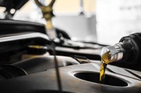 汽车机油为什么会变黑?