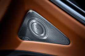 全新一代奔驰S级轿车将于9月亮相