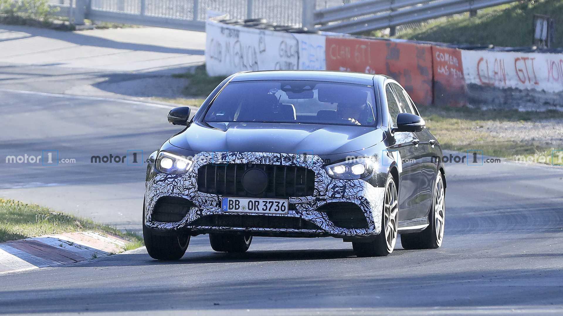 大排增压V8,可漂移四驱,奔驰新款E63 AMG谍照曝光