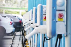 1月新能源汽车销量榜发布:北汽下滑荣威夺冠,宝马第二蔚来上榜