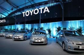 丰田推出黑科技,可将车辆横着开,侧方停车不再愁