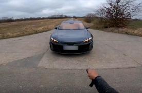 第一视角开豪车:奥迪RS e-tron G