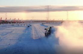 冬季英雄会赛车场上的精彩瞬间,这漂移,看的人热血沸腾