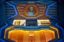 惠州汽车音响改装工艺:A柱倒模,车门、功放安装,尾箱、超低音