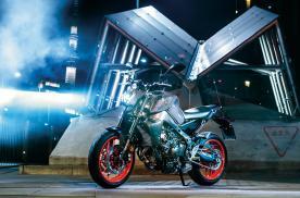 雅马哈2021款MT-09摩托详解,动力外观配置全部升级