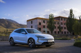 新能源汽车行业发展突飞猛进,官宣上海车展赛力斯又将有大动作