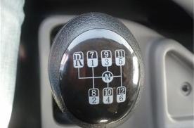 普通家用车才几个挡,为什么大型卡车却有十几个挡位?涨知识了