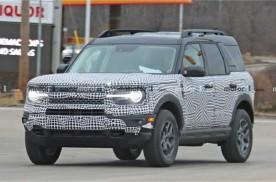 新款福特Bronco经典传承,叫板牧马人,预计7月上市