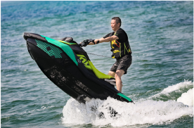 BRP庞博体验官计划领航集结 SPARK冠军赛燃擎鸣锣水上