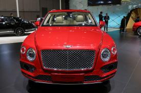 配3.0T V6,最贵的绿牌SUV上市,奢华不靠缸数靠科技?