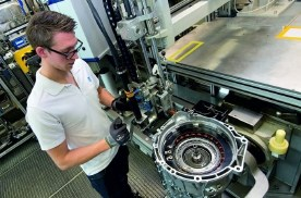 ZF正式宣布将不再开发燃油车传动系统与零件