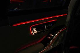 21款奔驰S450L四驱改装主动式氛围灯