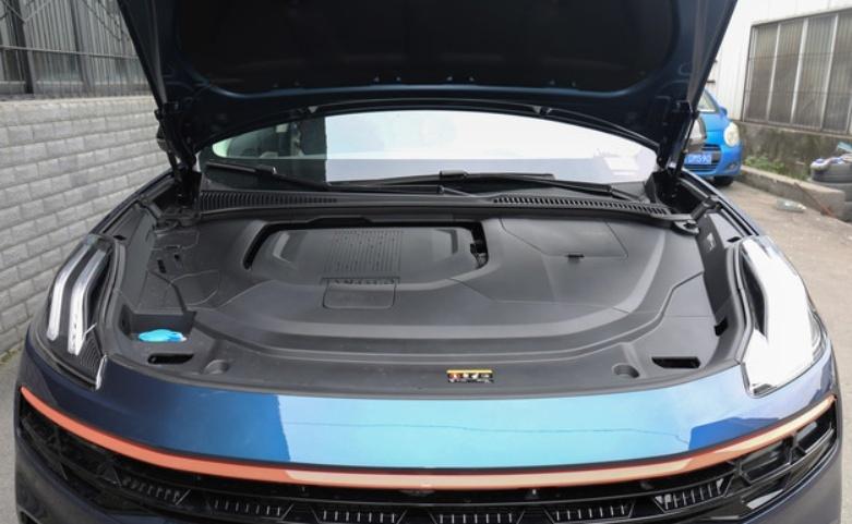 全新小型SUV领克06上市 售价11.86万-15.86万元