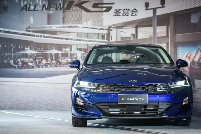 起亚全新K5凯酷将于成都车展亮相提供1.5T/2.0T动力-爱咖号