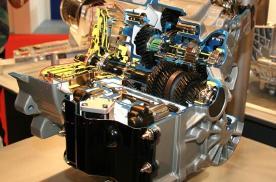 双离合变速箱和AT变速箱相比,到底哪个更好?