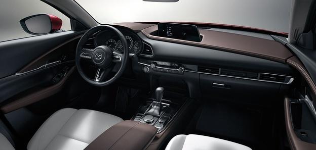 百公里油耗5.2L 马自达CX-30压燃版 19.99万起售