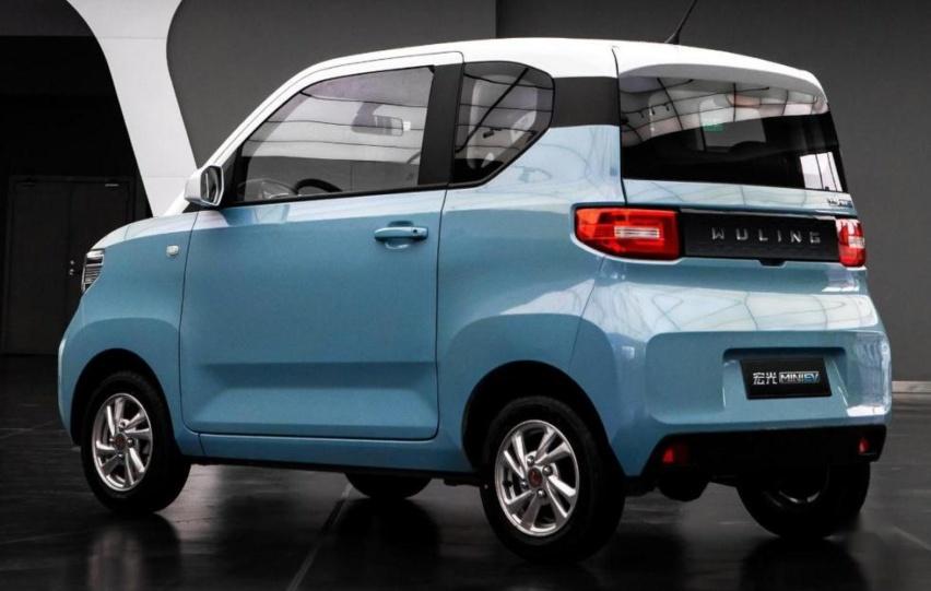 新款宏光MINI EV售价或破4万:续航200km 选装气囊
