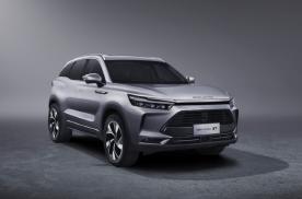 """中型SUV预售10万起,BEIJING-X7亮出""""纯粹""""牌"""
