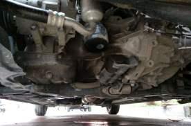 汽车油底壳破损该如何处理?