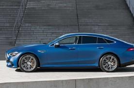 奔驰AMG GT小改款,升级新方向盘、可选5座更实用