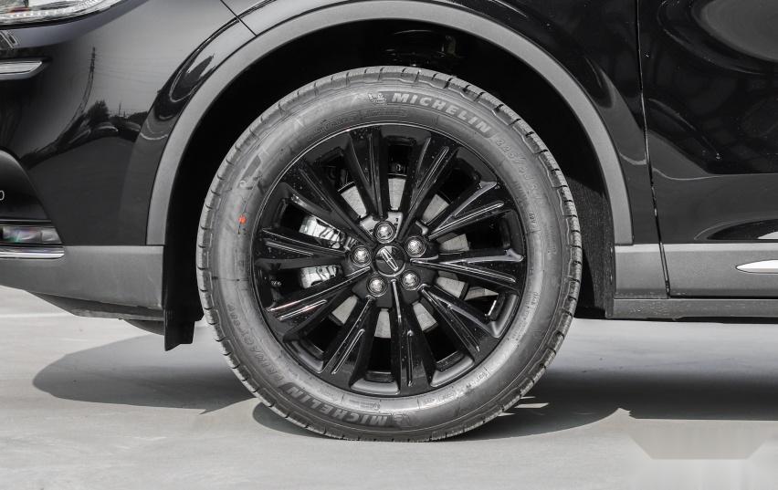 用低价换销量,低油耗的合资高性价比SUV,带你看林肯冒险家