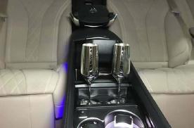 奔驰迈巴赫S级原厂升级头等舱座椅