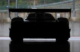 V12动力 帕加尼Huayra R首次曝光 激进超大尺寸尾翼