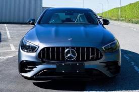 新款奔驰AMG E53海外实拍 搭3.0T加轻混系统