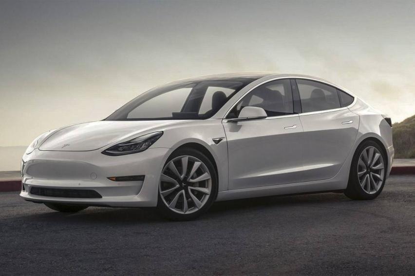 Model 3车主注意了,千万不要蹭底,否则有可能自燃