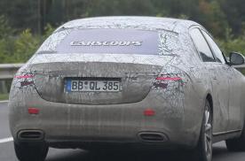 全新奔驰迈巴赫S级车型路试谍照曝光 搭载6.0T发动机