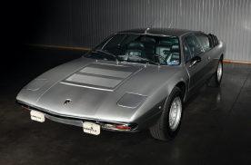 当年死磕法拉利Dino的兰博基尼跑车,最终火了的还是法拉利