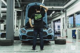 狠货在下面 深藏不露解析奔驰AMG GT R底盘
