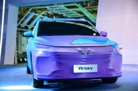 揭开五菱首款银标车的面纱,面向全球市场的车型,长这样?