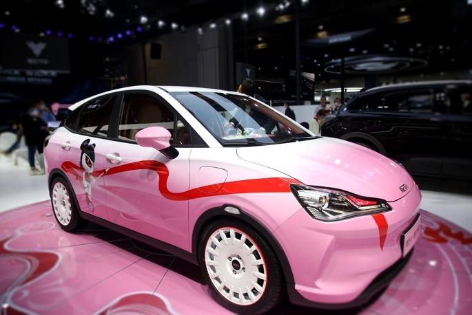 《【华宇在线登陆注册】与燃油车硬杠性价比 哪吒U Pro正式上市售价9.98万元起》
