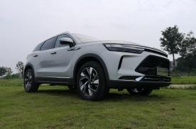 【新车品鉴】SUV阵营的新黑马,组团试驾BEIJING X7