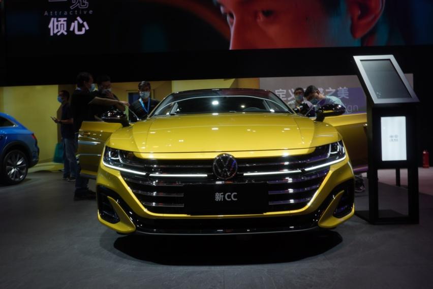 轿跑+猎装,全新大众CC预售27万起,外观比雅阁还帅气