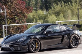 最大450匹马力,保时捷 718 Cayman GT4 RS