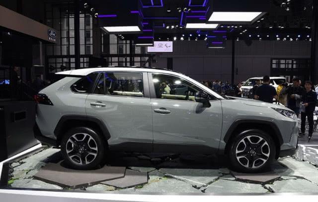 买CR-V不如等它!配2.5L+8AT,省油耐造,不足 20万