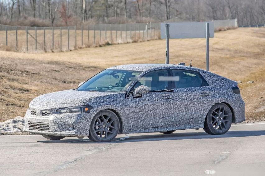 2022-Honda-Civic-3.jpg