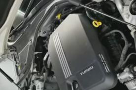 2020款凯迪拉克CT6,突然之间变速箱就发出了拖拉机的声音
