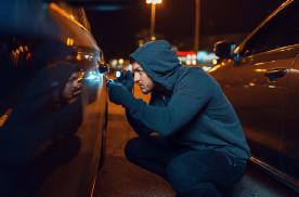 下午、深夜时段车辆最容易被偷,找对地方停才是防盗王道