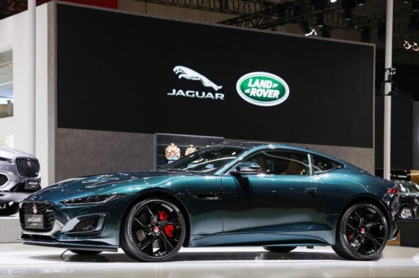 捷豹路虎携多款重磅车型亮相第十九届上海国际汽车工业展览会