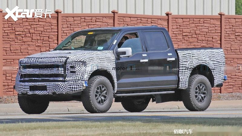 2021-ford-f-150-raptor-spy-photos (3).jpg