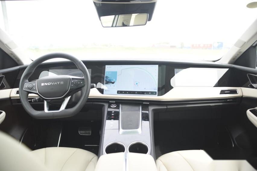 被市场低估的高端车型,体验天际ME7
