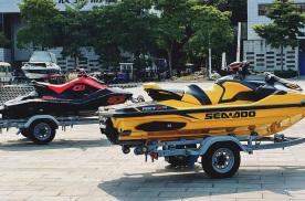 袁启聪试驾摩托艇,比汽车更好玩的竟然是这个?