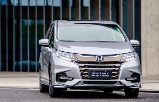 六大重磅MPV蓄势待发:丰田塞纳领衔,红旗首款MPV确认投产